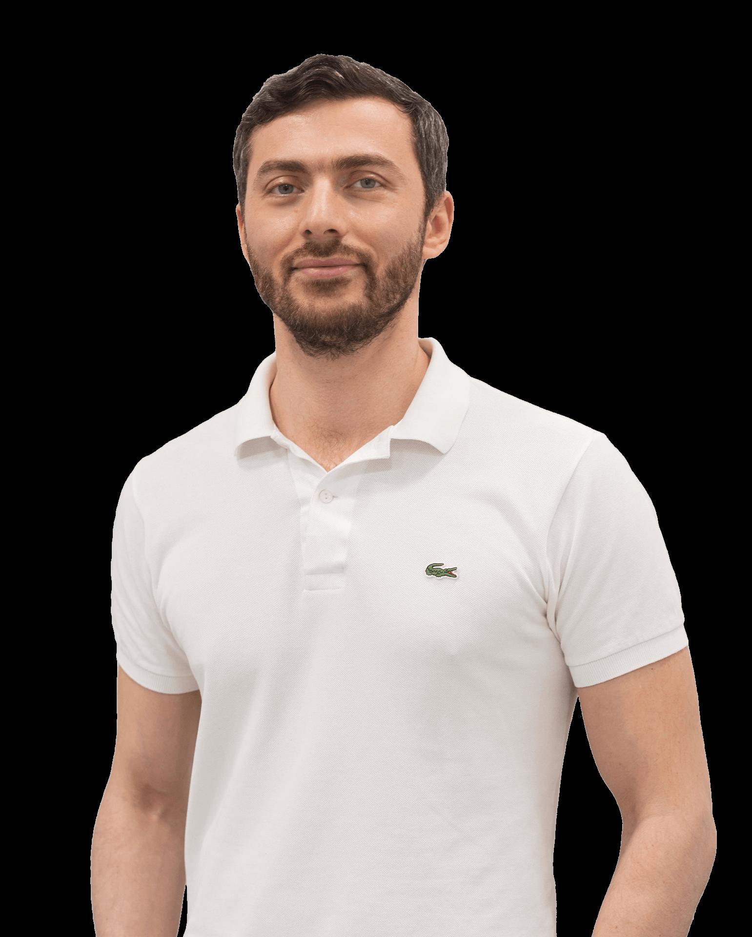врач стоматолог Амиров